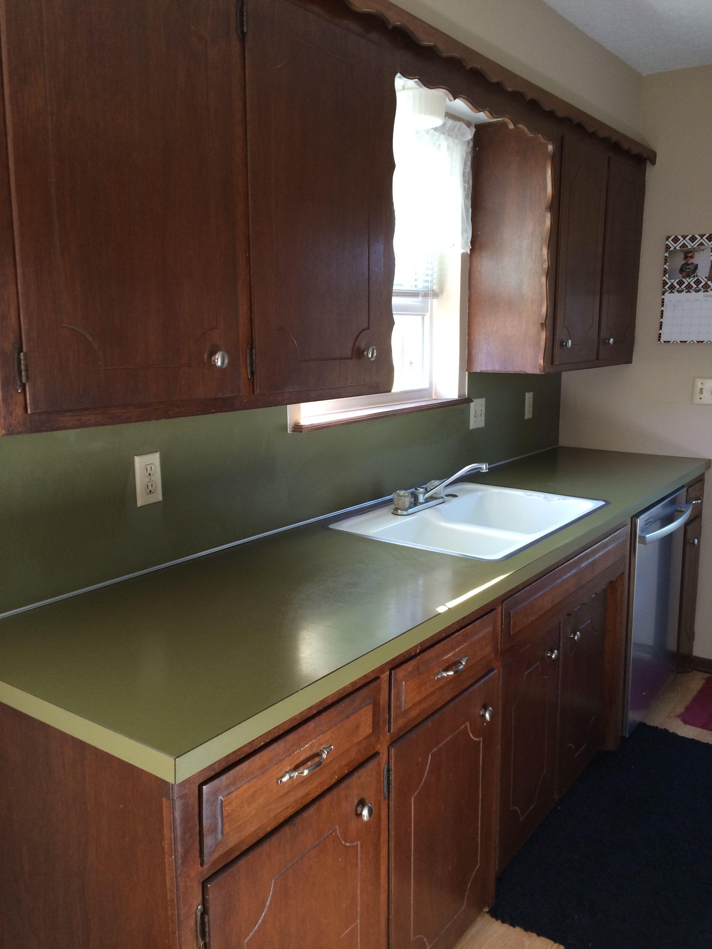 Original Avocado Green Laminate Countertop We Had These Still Do Green Countertops Countertops House Interior