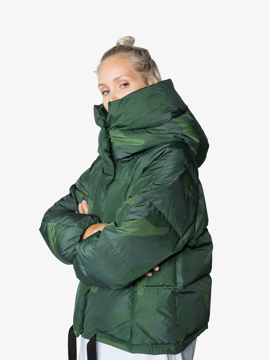 Womens Cropped Down Alpine Jacket Down Parka Womens Shorts Holden Outerwear [ 1200 x 900 Pixel ]