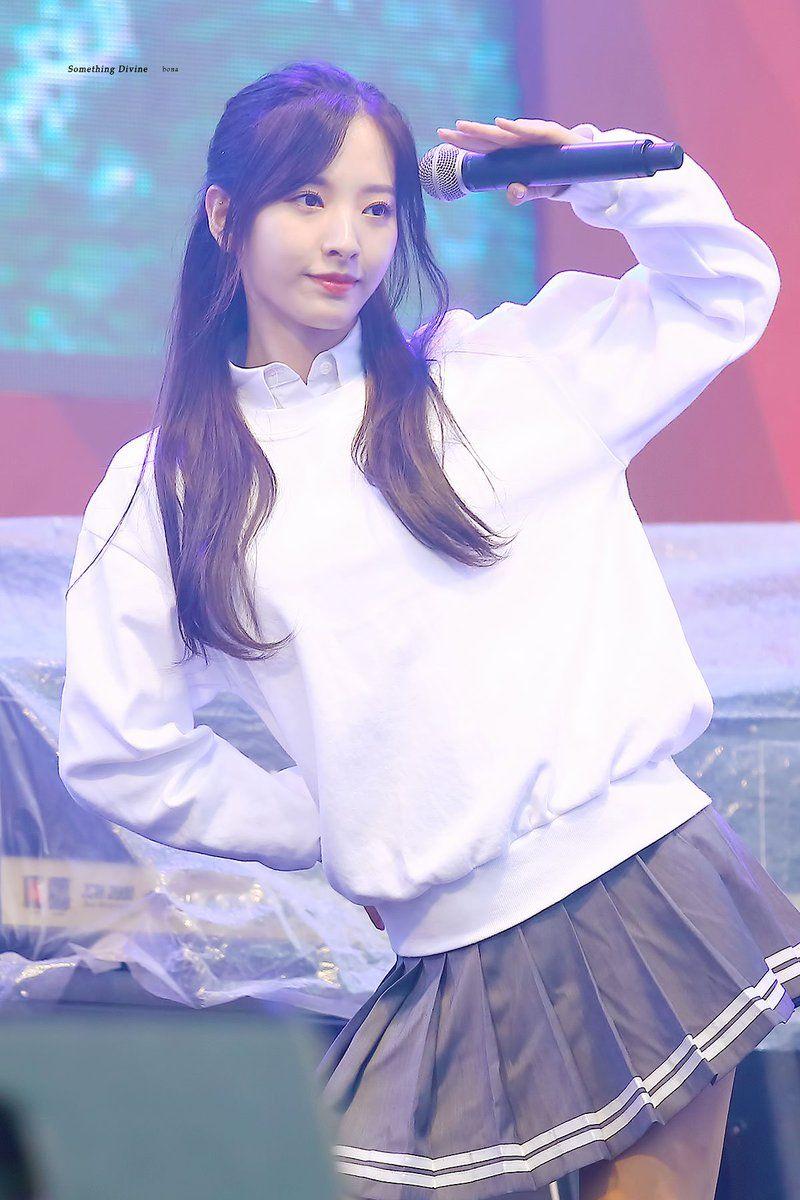Something Divine On Twitter Cosmic Girls Kpop Girls Kpop Girl Groups