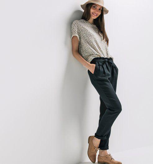 pantalon carrot fluide femme lookbook chino pinterest pantalons femmes et tenues. Black Bedroom Furniture Sets. Home Design Ideas