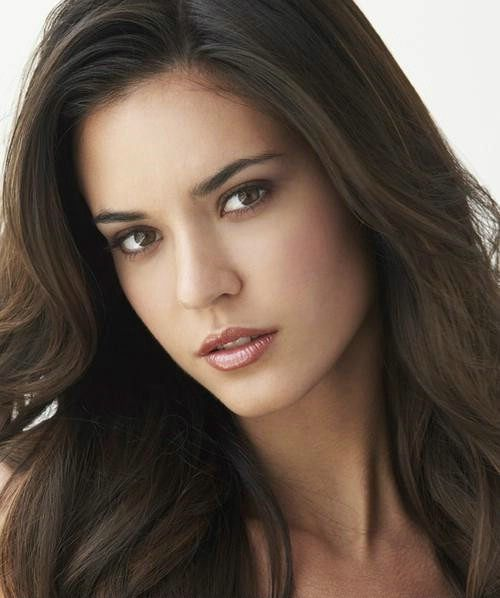 Odette Annable Inspiration For Russ Sister Addison Addie Bishop In Equals Buy On Amazon Http Www Amazon Beautiful Eyes Brunette Beauty Beauty Girl