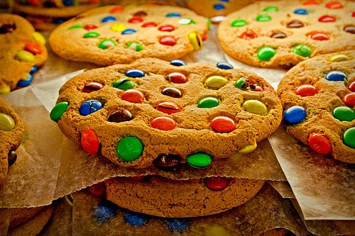 Cookies with M's