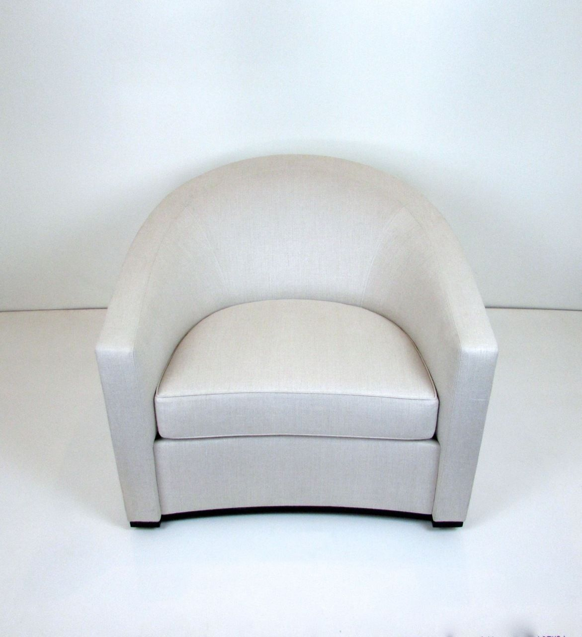 Holly Hunt Sevilla Chair Holly Hunt Swivel Chair And Slate # Muebles Holly Hunt