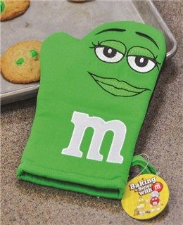 M&M's Ms. Green Oven Mitt - DOVE Chocolate Discoveries