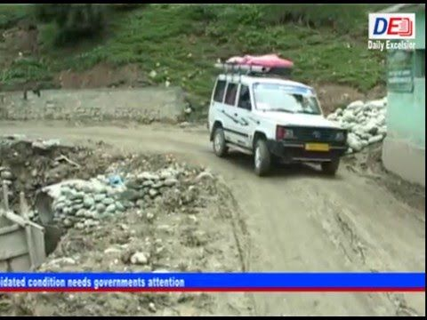Tangmarg - Babareshi road in a dilapidated condition needs governments a...