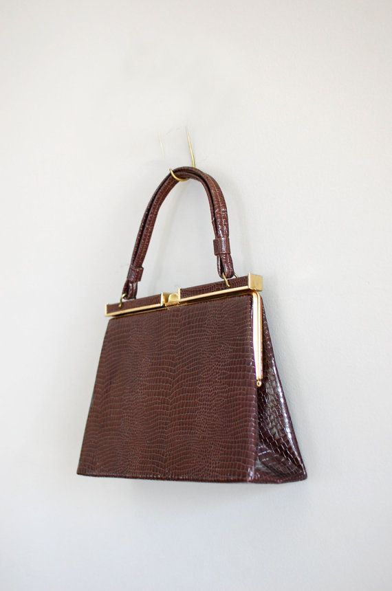 1950s handbag   50s alligator bag   vintage by DearGolden on Etsy 2b99bc9a00040