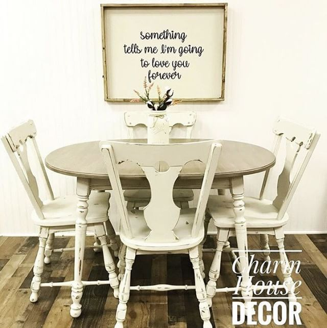 Picture this table set in your farmhouse breakfast space! This set