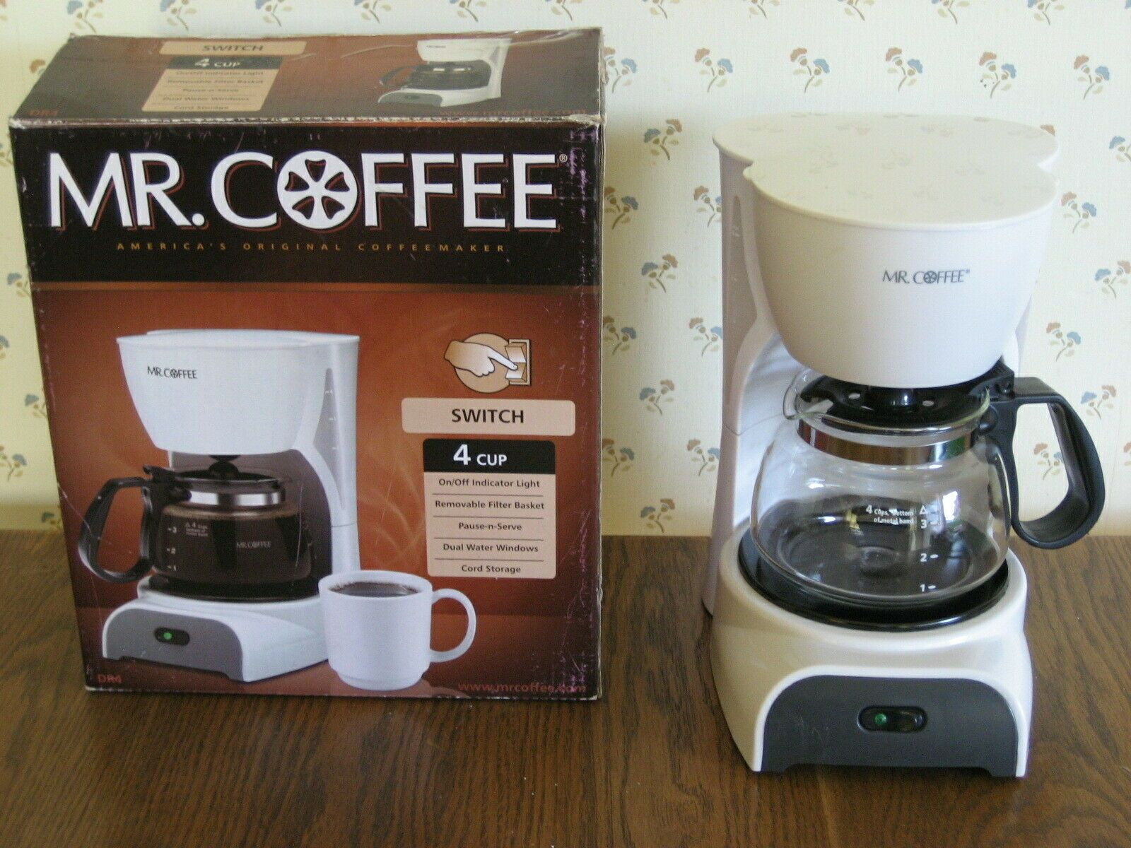 Mr Coffee Dr4 4 Cup Coffee Maker White Ebay In 2020 4 Cup Coffee Maker Bunn Coffee Maker Single Cup Coffee Maker