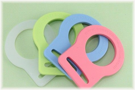 50 PLASTIC SILICONE RINGS MAM ADAPTER BABY PACIFIER