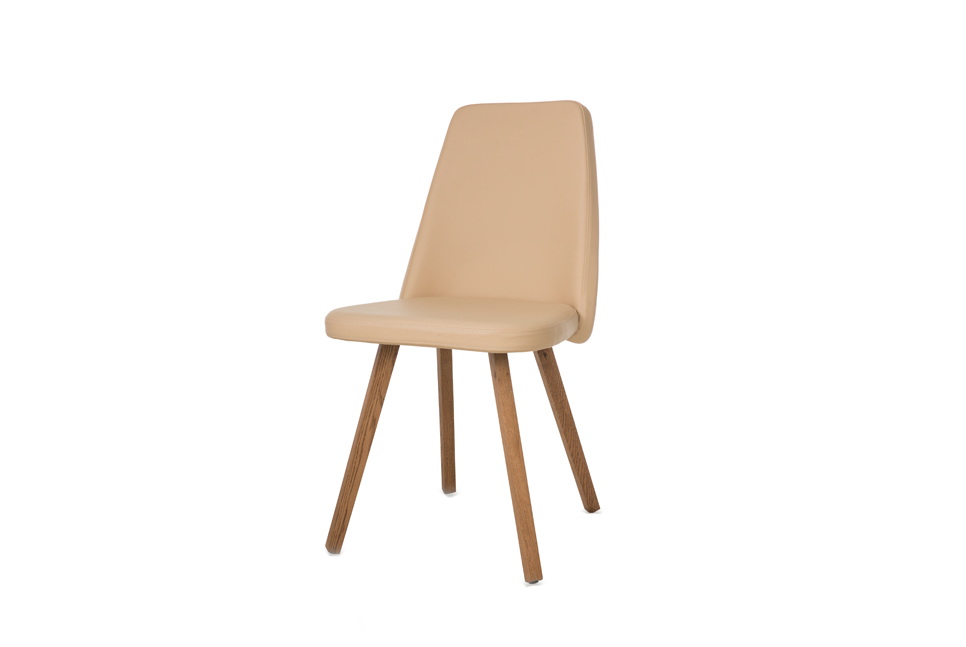 LOUISA WOODY Stuhl jetzt neu im SOLIDMADE Shop! #solidmadedesignfurniture #new #product #picoftheday #designmöbel #interiordesign #möbel #furniture