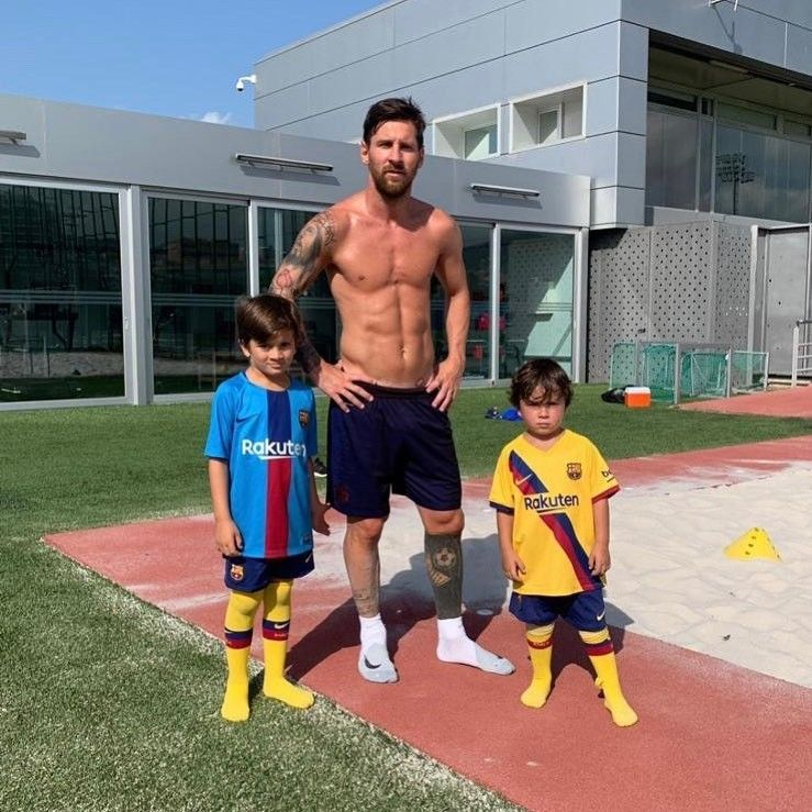 A Recovery Day With The Best Trainers Alive Fotos De Messi Fotos De Lionel Messi Messi