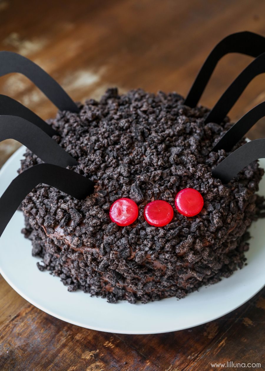 Chocolate Oreo Spider Cake - a delicious chocolate cake topped with - cool homemade halloween decorations