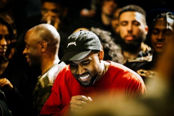 Las Locas Exigencias De Kanye West En Su Gira Kanye West Loca