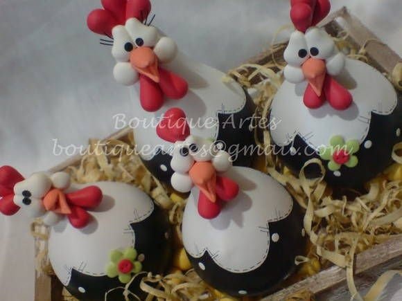 Lindo jogo de maricotas na caixinha/ninho (galinhas feitas em porongo/cabaça) ...