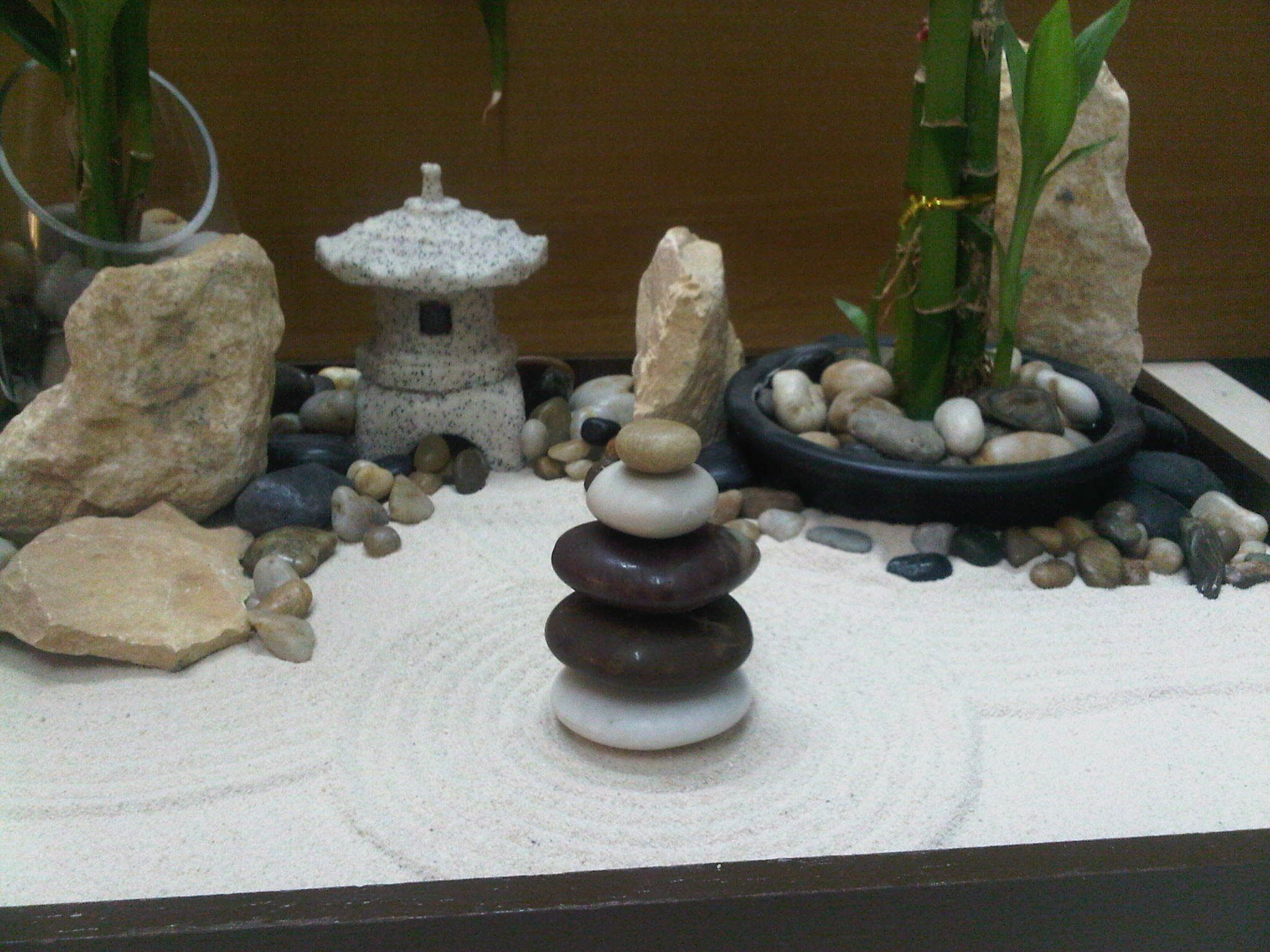 miniature zen garden by wallzart miniature zen garden. Black Bedroom Furniture Sets. Home Design Ideas