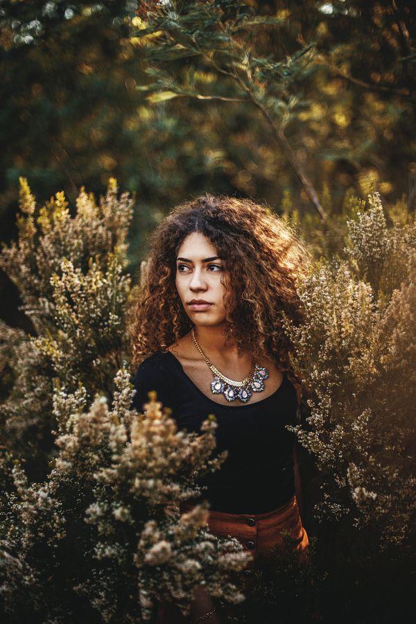 Earth by Laureen Burton - Photo 148914779 - 500px - retrato - retratos femininos - ensaio feminino - ensaio externo - fotografia - ensaio fotográfico - book - cachos - beleza negra