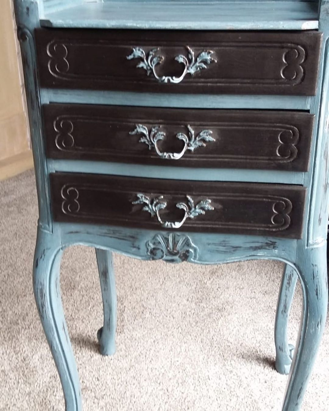 Telephone Table With Contrasting Drawers Upcyclingfurniture Furnitureinspiration Upcycling Shabbyc Furniture Inspiration Upcycled Furniture Antique Dresser