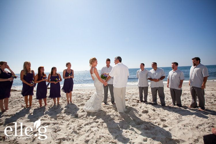 We Offer Small Wedding Packages For Weddings In La Jolla At Windansea Beach