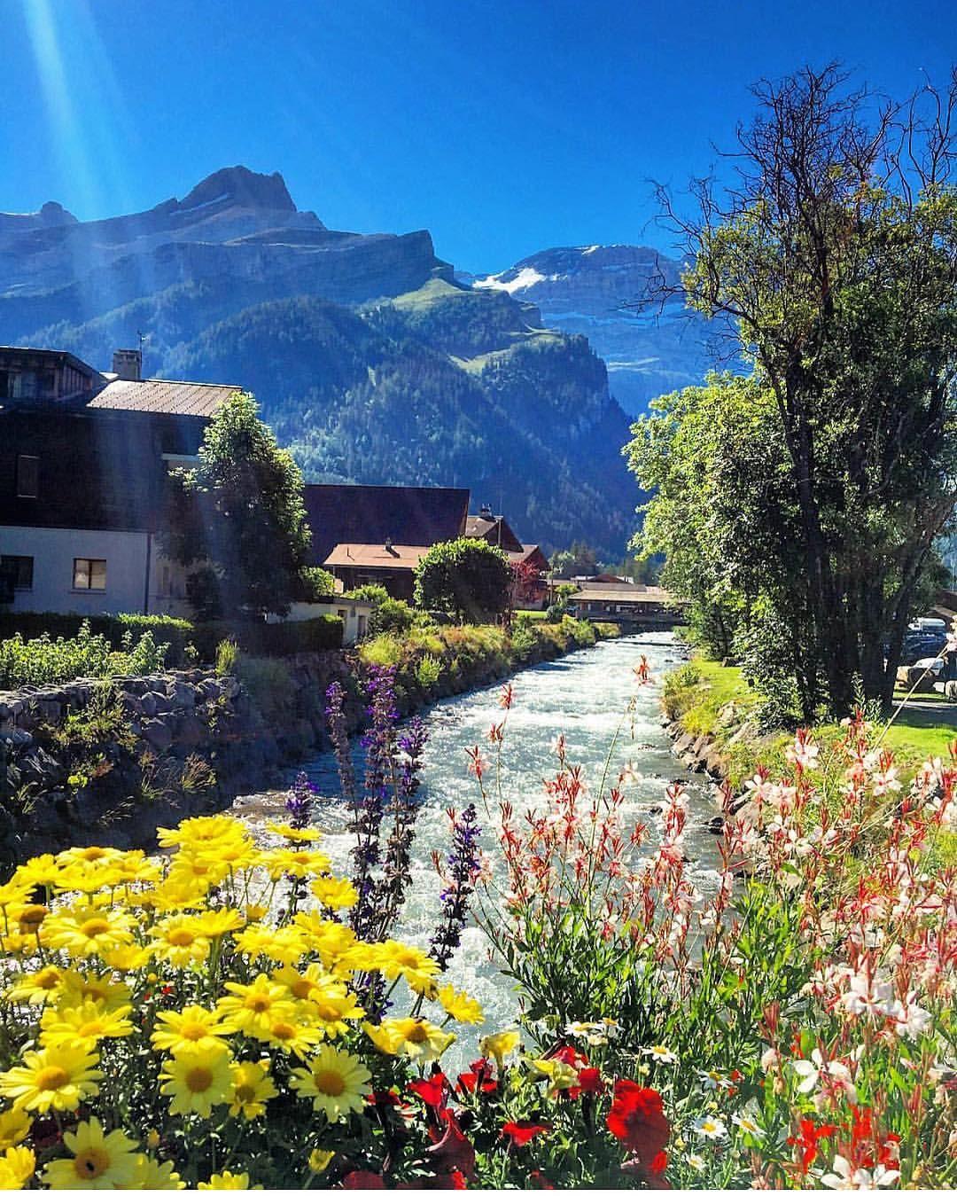 Amazing Places To Stay Switzerland: Смотрите это фото от @switzerland.vacations на Instagram