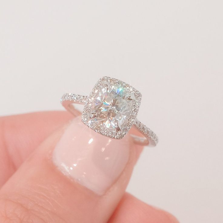 Scarlett 8x7mm Cushion #aquamarineengagementring