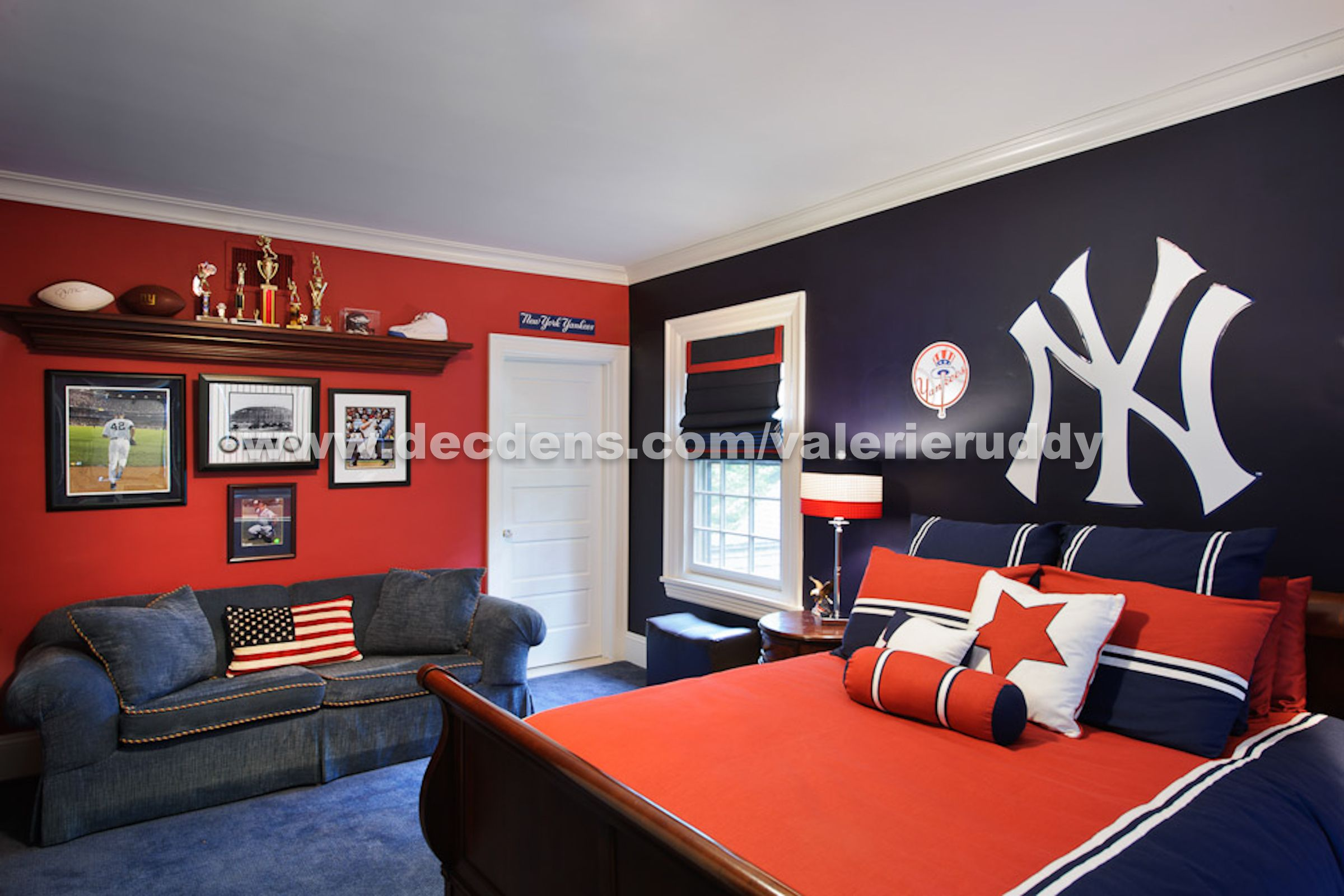 Teen boy bedroom design ideas pictures remodel and decor also yankees bedding from lauren   linens home decorating rh pinterest