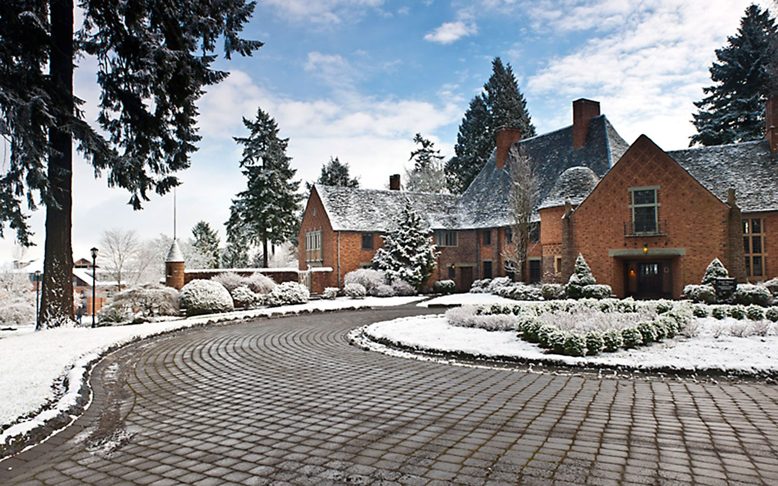 America S Most Beautiful College Campuses Lewis And Clark College College Campus Beautiful Buildings