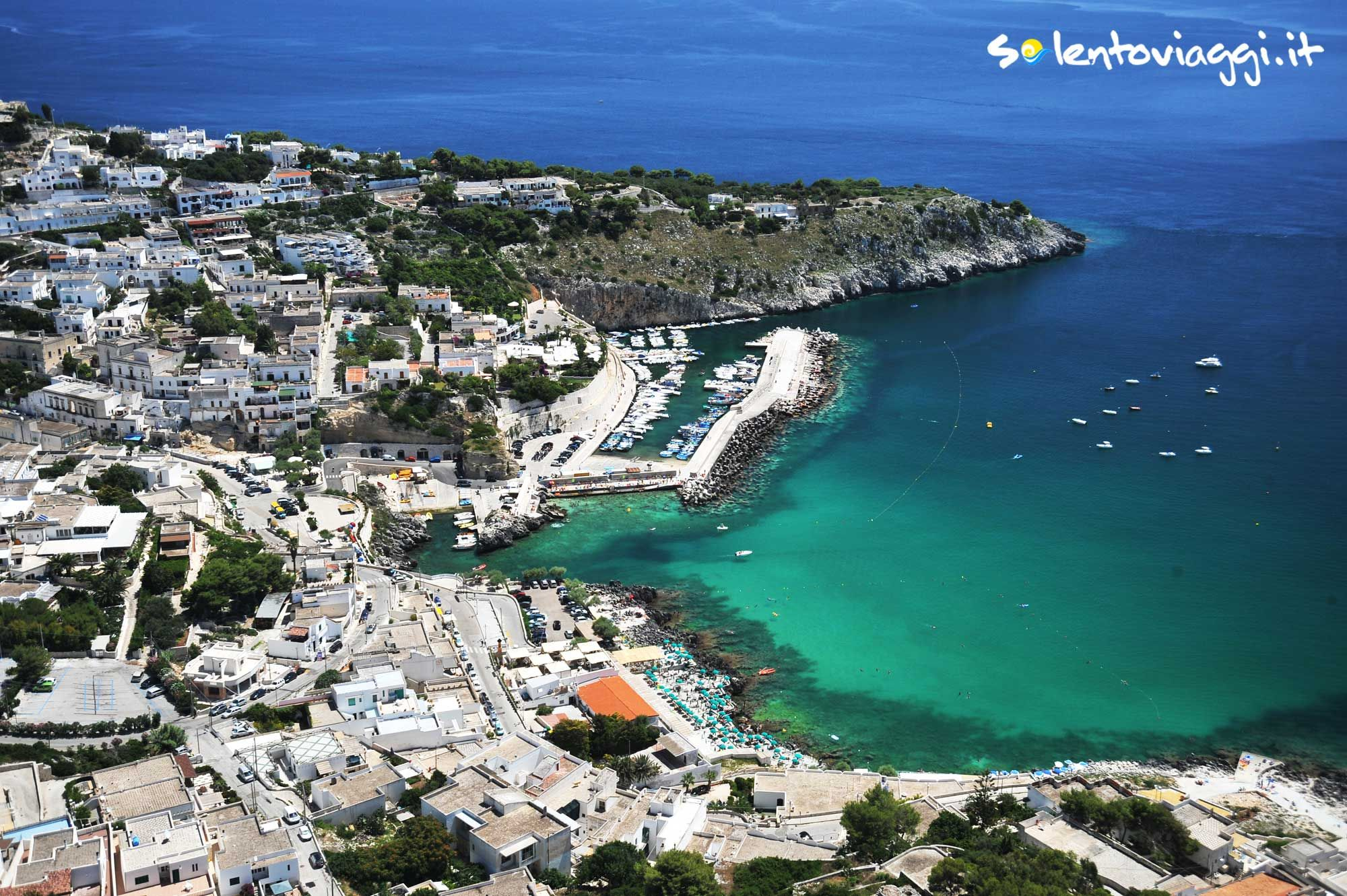 L'insenatura di #CastroMarina presenta paesaggi mozzafiato e interessanti fondali per le #immersioni.  Tante sono le offerte di vacanza, clicca e vedi qui http://www.salentoviaggi.it/salento/offerte-vacanze-castro.htm  Numerose sono inoltre imbarcazioni da noleggiare per escursioni in mare, vedi qui http://www.salentoviaggi.it/esercizi-commerciali/comune-castro/noleggio-barche-salento