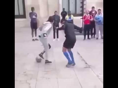 Vídeos engraçados - menina joga muito kkkk: https://youtu.be/maulscOisRU
