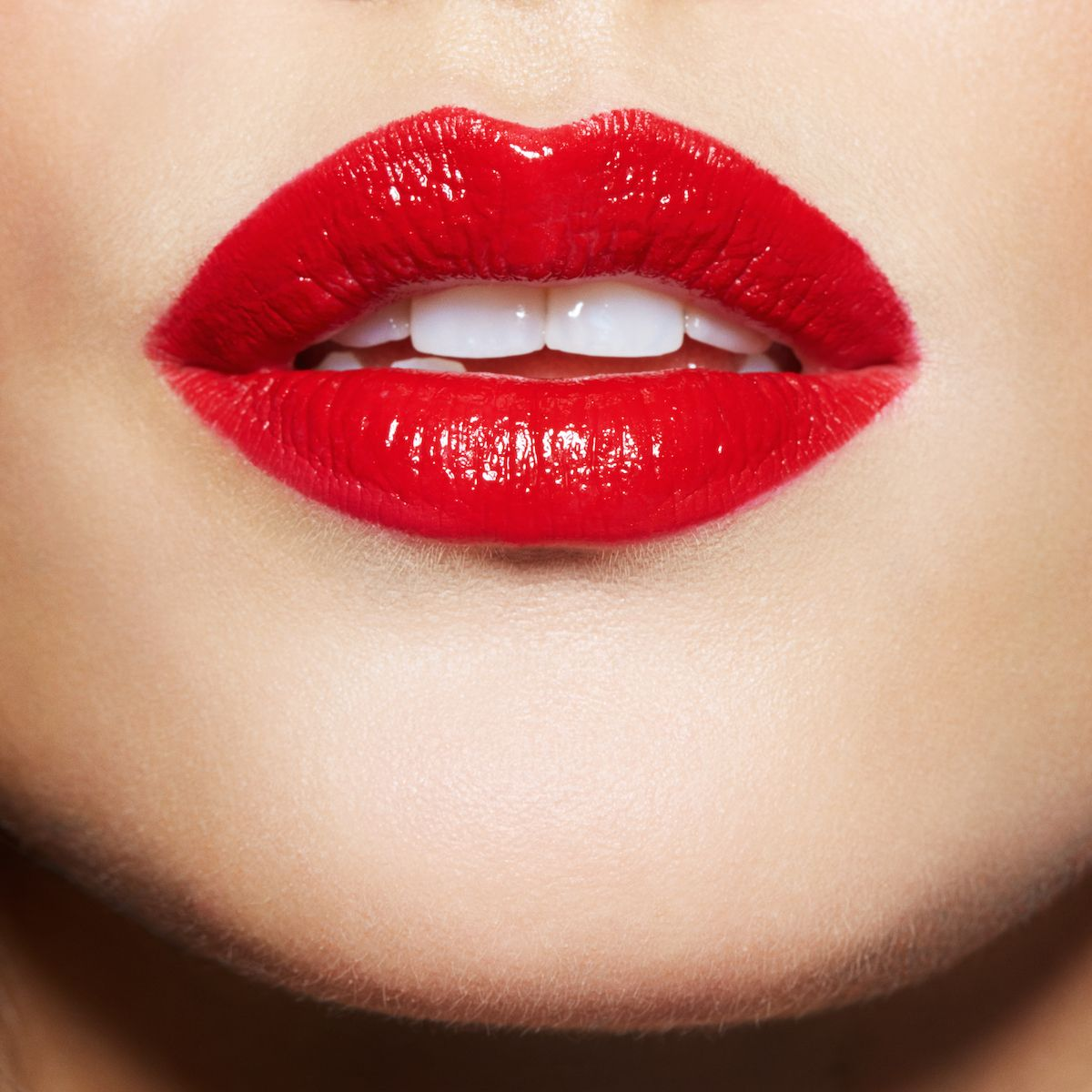 Get Vibrant In Red Lips This Holiday Season Maybelline Color