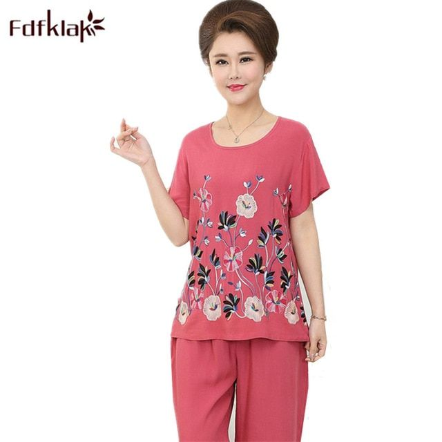 fc1d93b4be Fdfklak Casual Summer Pajamas Women Printing Female Sleepwear Set Home  Clothes for Women Pyjamas Plus Size Pijamas Sets 3XL Review