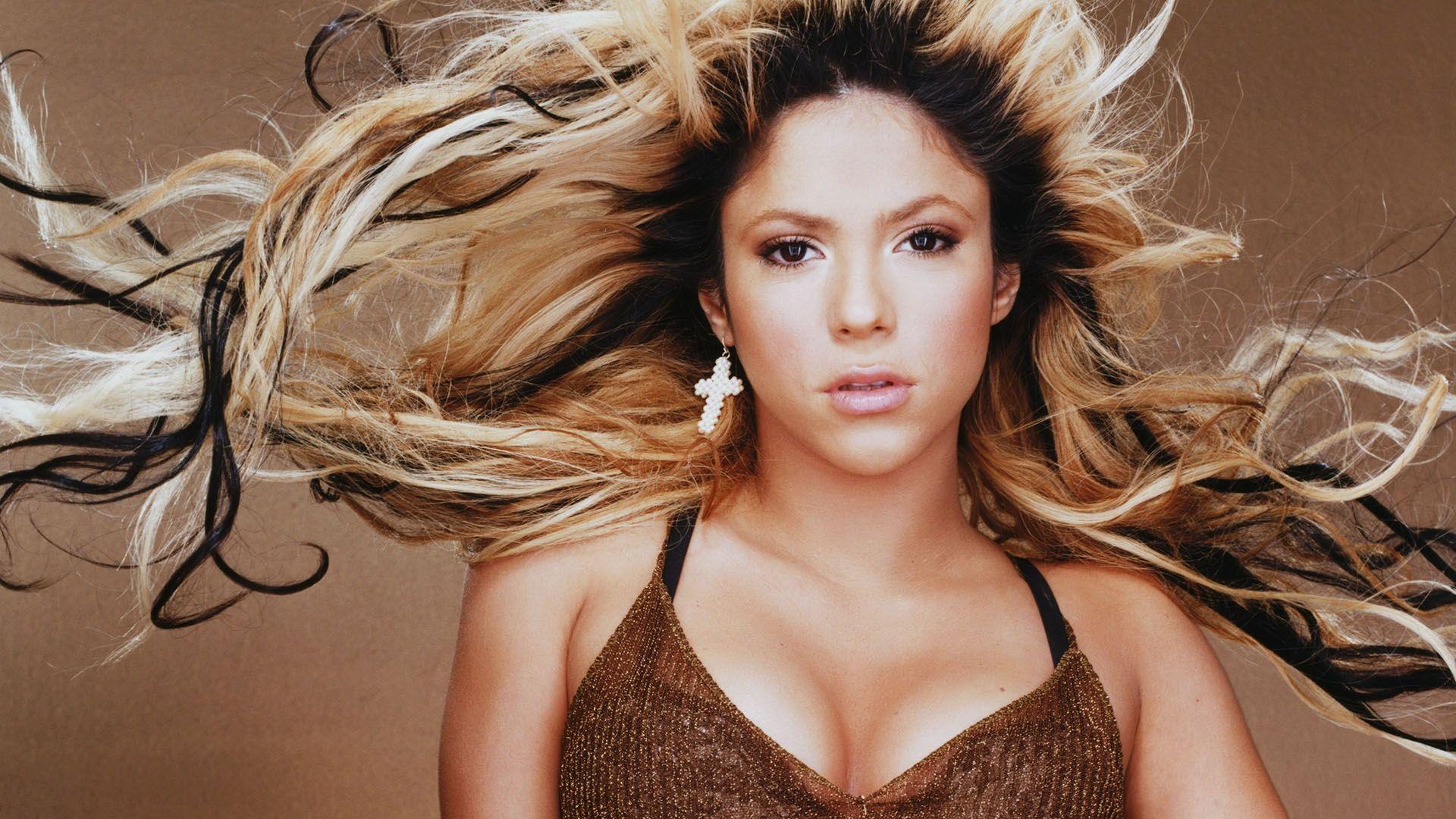 Download Wallpaper 1920x1080 Shakira Earrings Hair Dress Chest Full Hd 1080p Hd Background Shakira Shakira Hips Shakira Hips Dont Lie