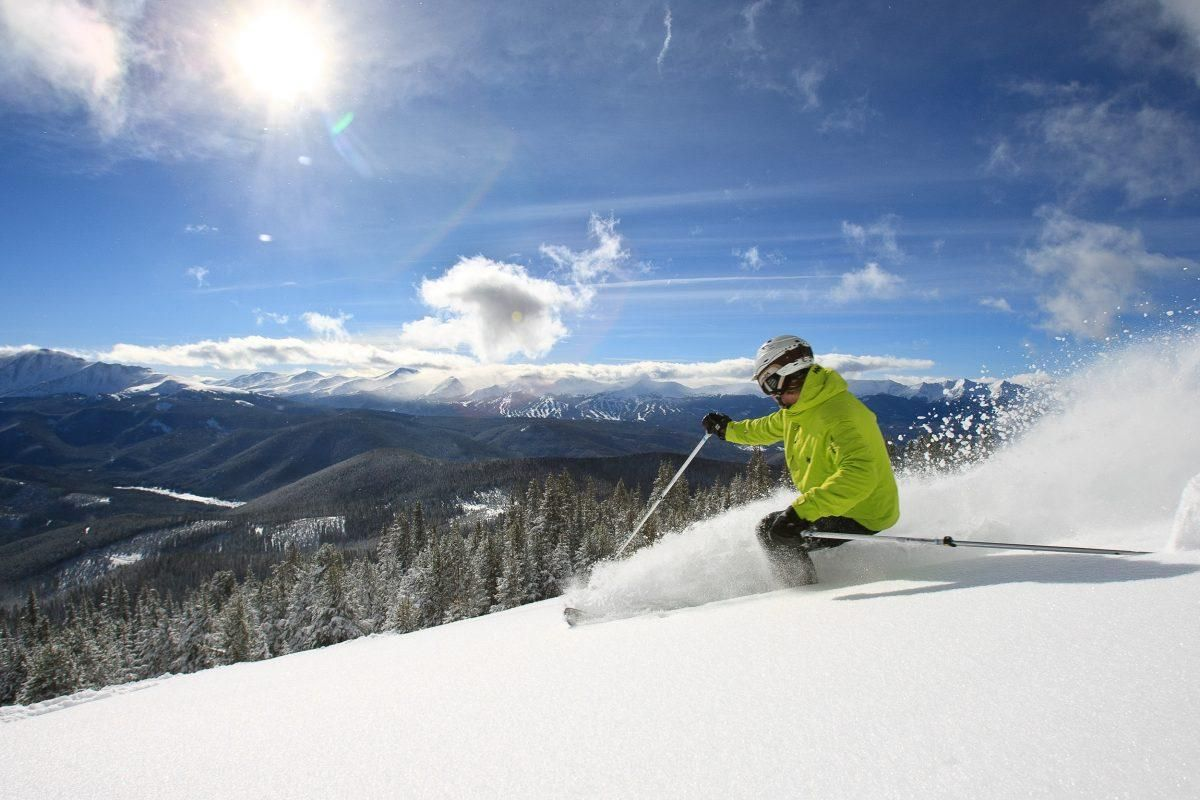 This Year's Best Ski FreebiesFrom Free Lessons to S