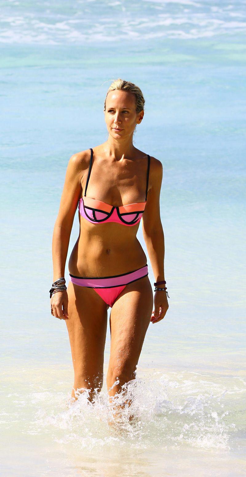 lady-victoria-hervey-areola-slip-cameltoe-22 | swim | pinterest