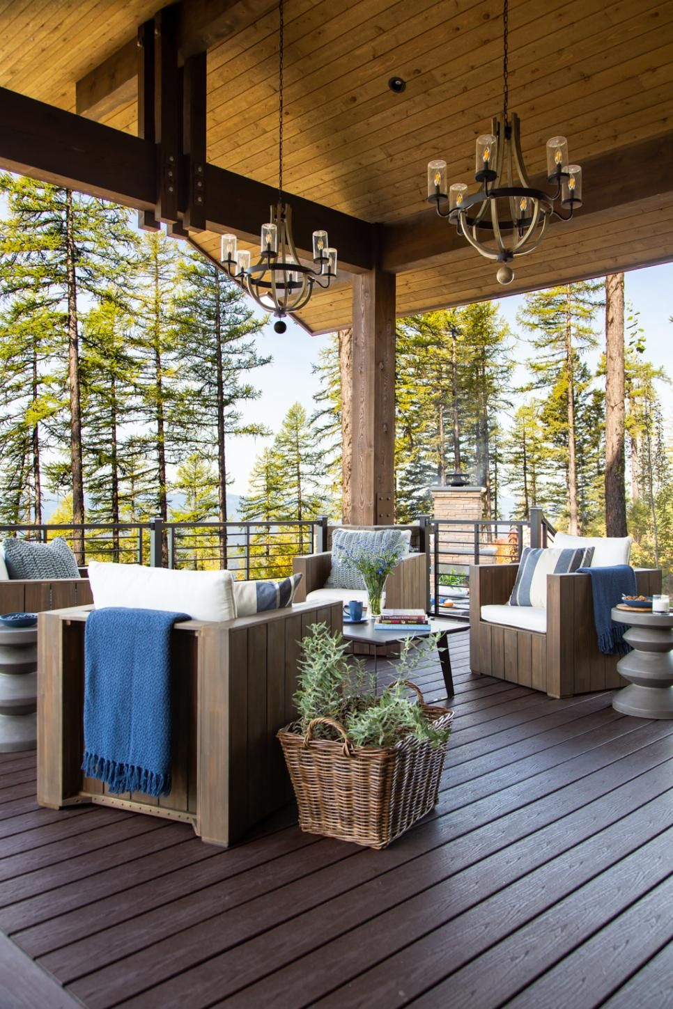 Modern Mountain Holidays At Hgtv Dream Home 2019: HGTV Dream Home 2019: Deck Pictures