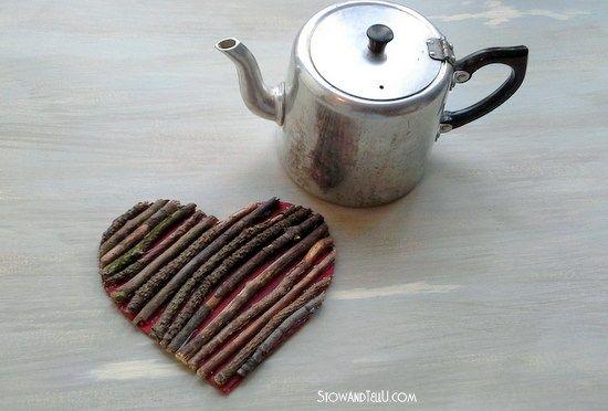 Valentine Twig Heart Trivet #twigcrafts
