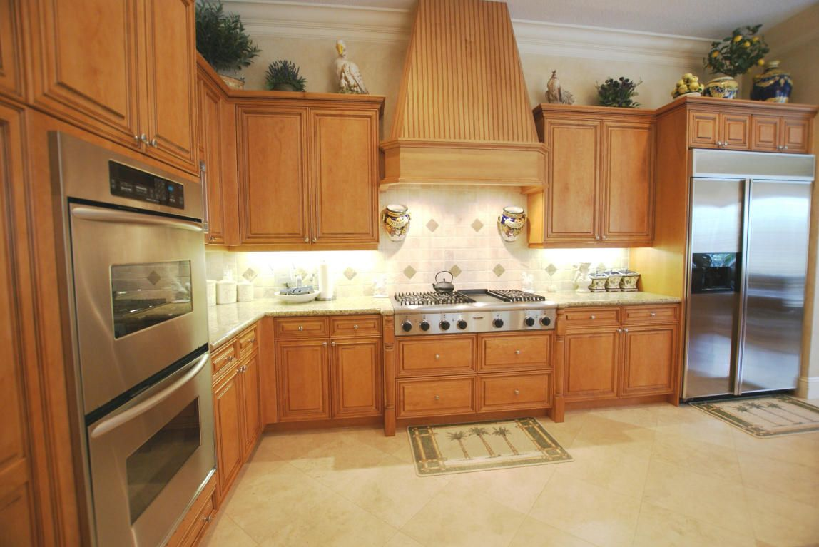 Jupiter Waterfront Home For Sale Has Spacious Luxury Kitchen With Details Throughout For More Information Waterfront Homes For Sale Luxury Kitchen Sale House