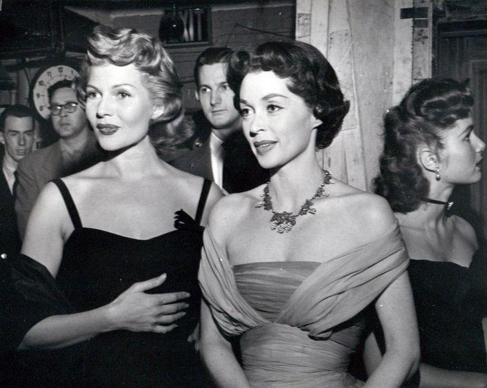 "kittenindustries: ""Rita Hayworth et Nancy Davis"