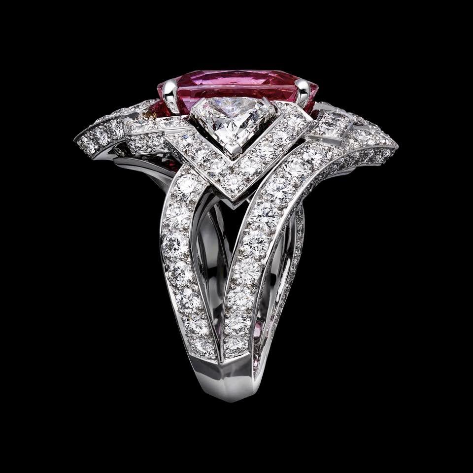 Cartier ring platinum one carat cushionshaped stepcut