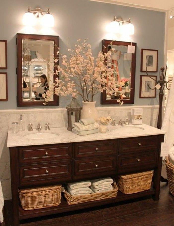 badezimmer deko baddesign schrank aus holz blumen tucker badezimmer ideen fliesen leuchten. Black Bedroom Furniture Sets. Home Design Ideas