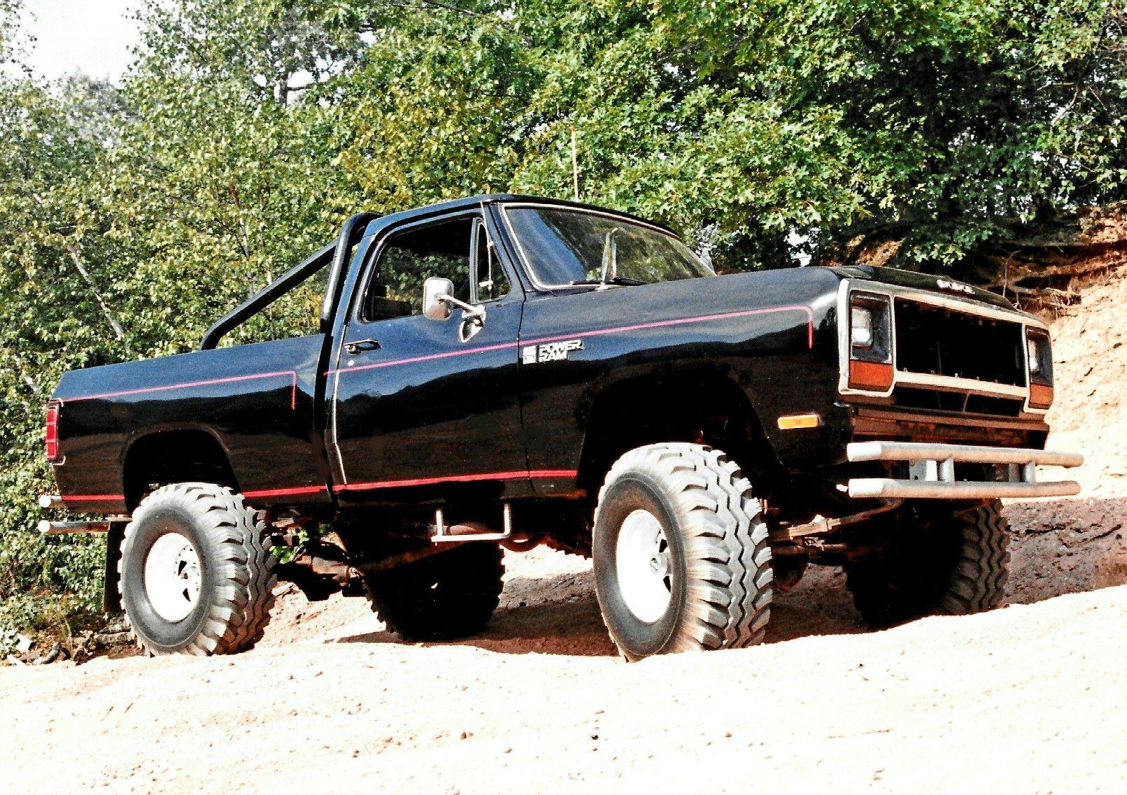 1984 dodge d150 4x4