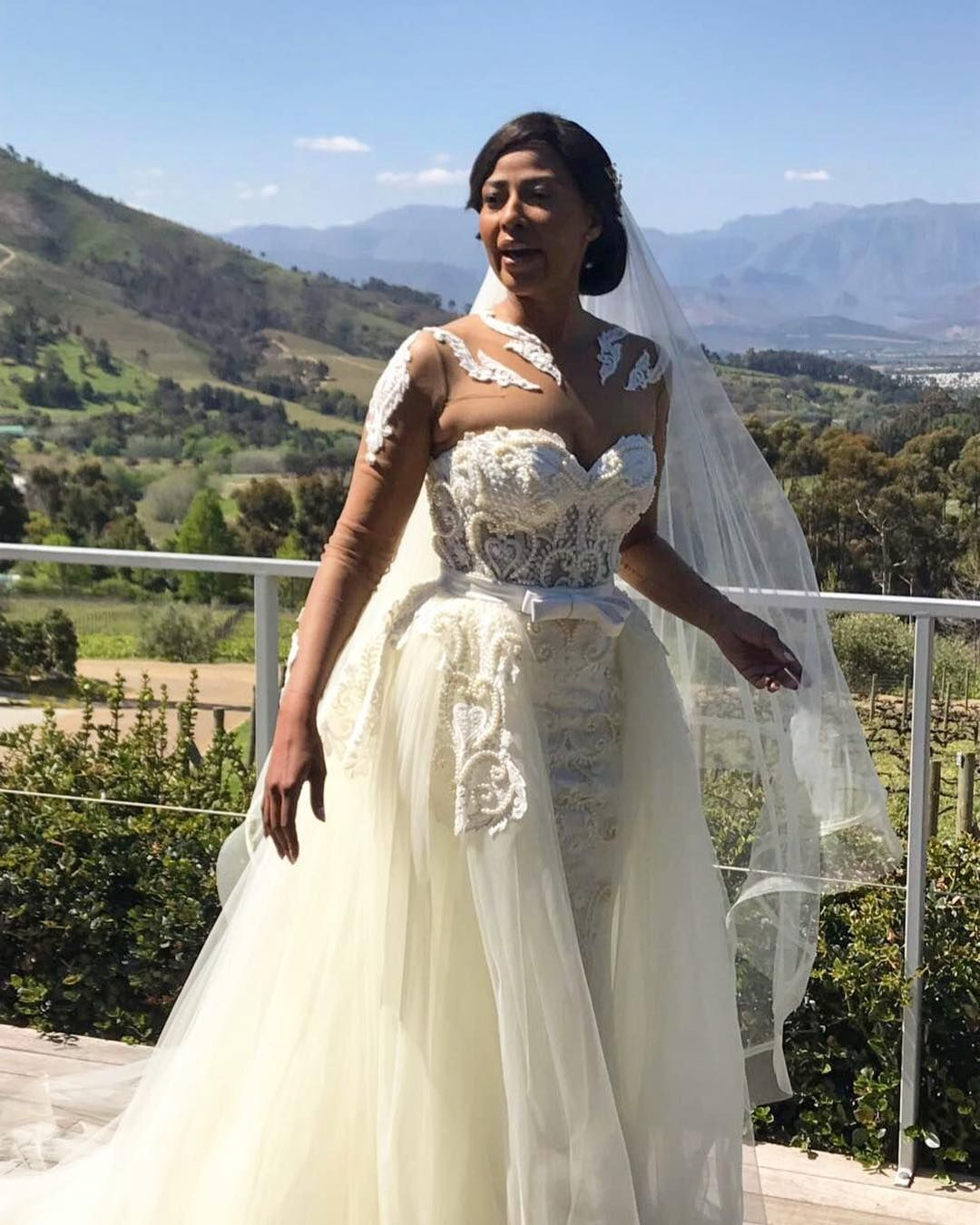 Altar Wedding Dresses: Love At First Sight:Orapeleng Modutle's Dresses Will Blow