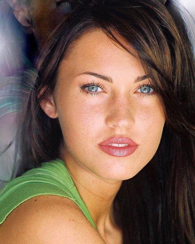Pin on Celebrities • Megan Fox