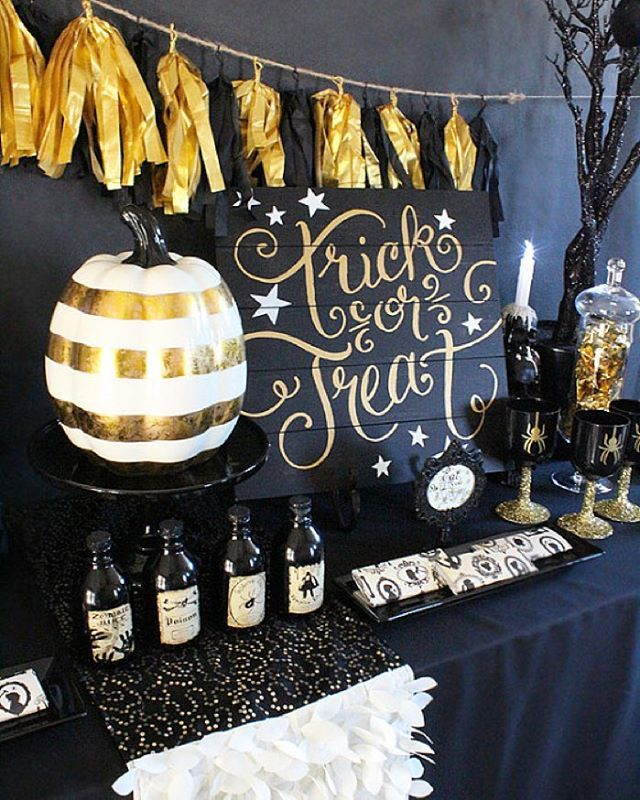 Black and Gold Halloween Party Ideas Halloween parties, Gold and Black - sweet 16 halloween party ideas