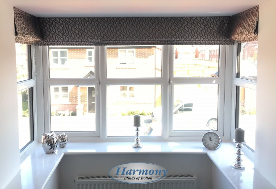 Handmade Roman Blinds Fitted In A Square Bay Window Bay Window Living Room Roman Blinds Living Room Bay Window Curtains Living Room