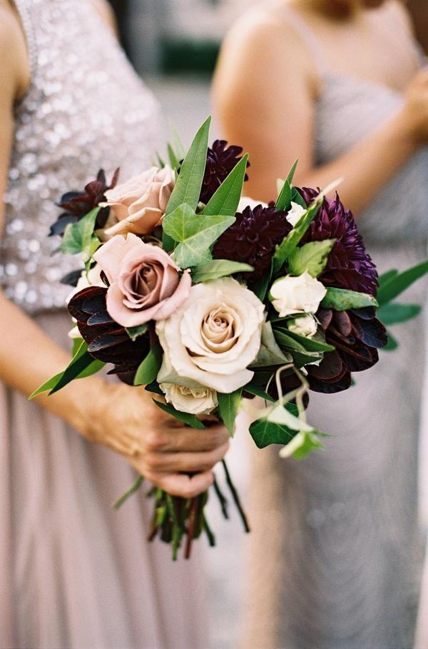 Unexpected Wedding Bouquet Color Combinations That Will Make Your Arrangement Pop