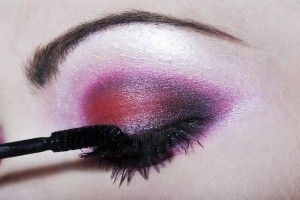 To get smoky eyes apply the eye shadow that starts along the lashes and gradually fades and then apply the eyeliner.