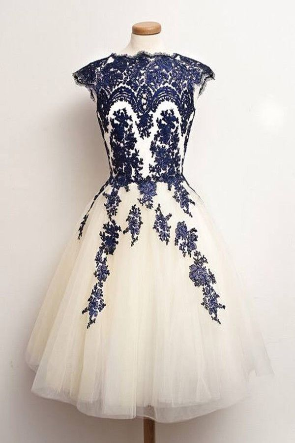 ecd3b316c3670 Vintage Scalloped-Edge Knee-Length White Homecoming Dress with Navy ...