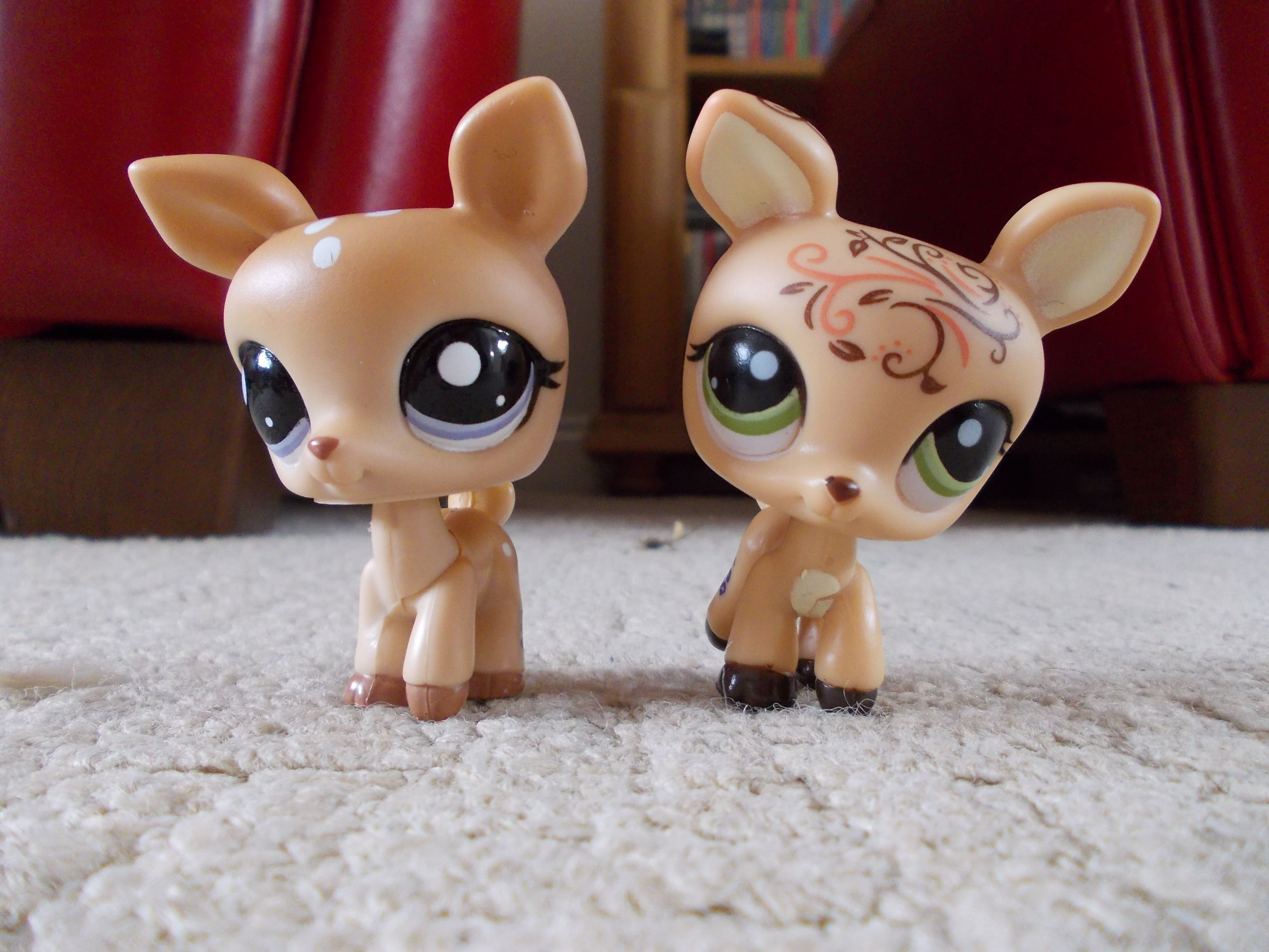 Roller skates for dogs - These Are My Littlest Pet Shop Deer