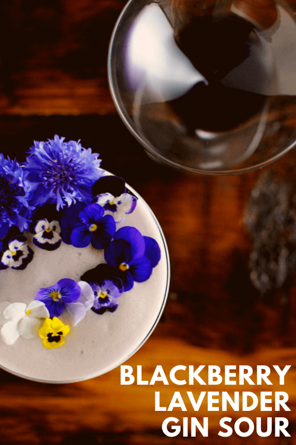 Blackberry Lavender Gin Sour cocktail is the perfect egg white drink. Blackberries and lavender combine with honey and egg white for this classic variation from Gastronomblog. #gastronomblog #cocktails #blackberry #eggwhite #honey #gincocktails