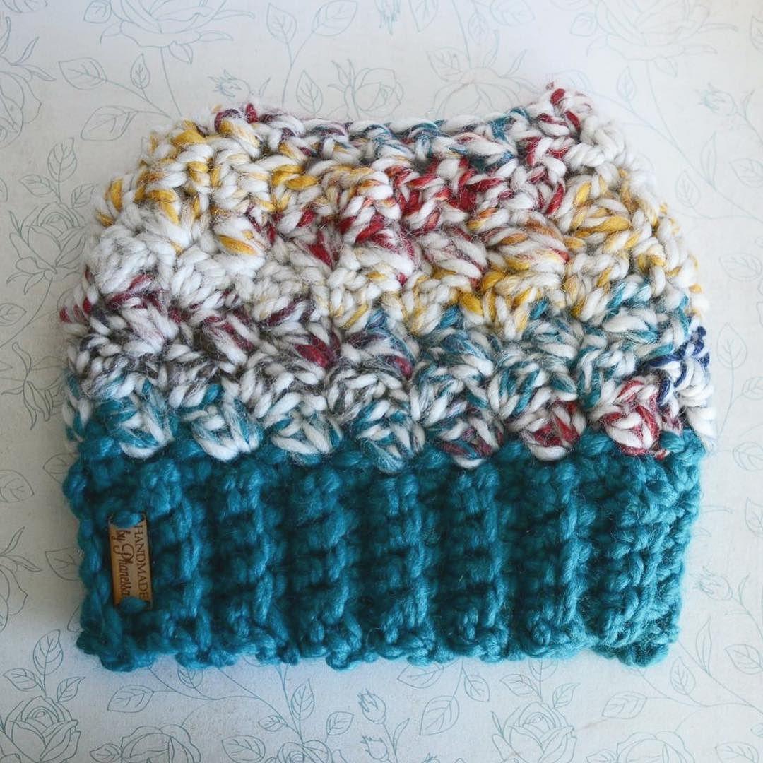 Chunky Messy Bun hat done! . . #crochet #yarn #crochetaddict #crochetersofinstagram #handmadebyphanessa #designsbyphanessa #crocheted #messybun #ponytailbeanie #messybunhat #makersgonnna make #messybunhat